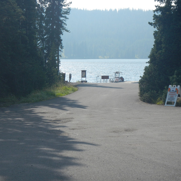 Lewis Lake Campground Boat Dock.JPG