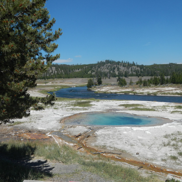 Grand Prismatic Spring Overlook Trailvie