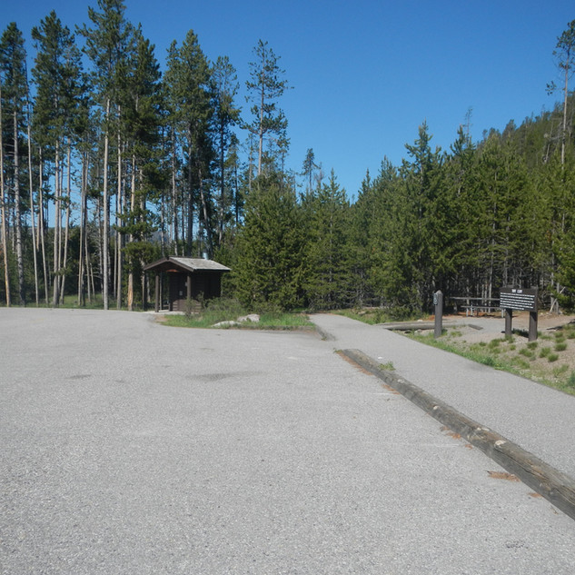 Tuff Cliff Picnic Area, Yellowstone National Park