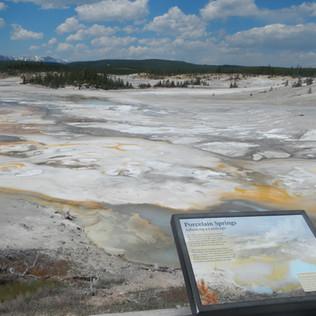 Norris Geyser Basin.JPG