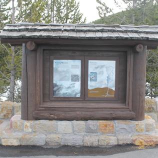 Roaring Mountain Sign.JPG