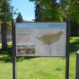 Mammoth Hot Springs Historic Fort.JPG