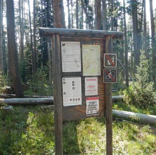 Cascade Picnic Area Trailhead Sign.JPG