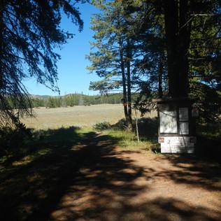 Pelican Valley Trailhead Sign.JPG