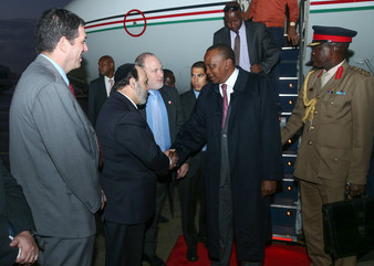 הקשר בין נשיא קניה לזכרון-יעקב