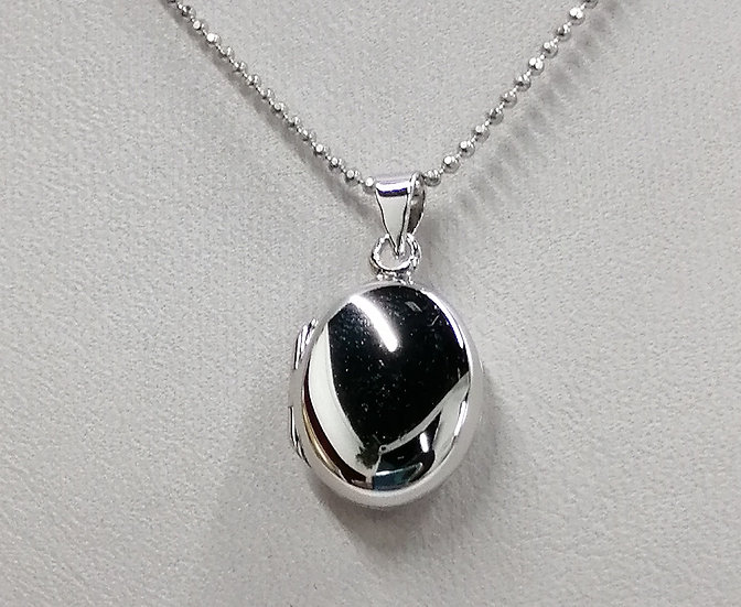 925 Silver Polished Oval Locket & Chain