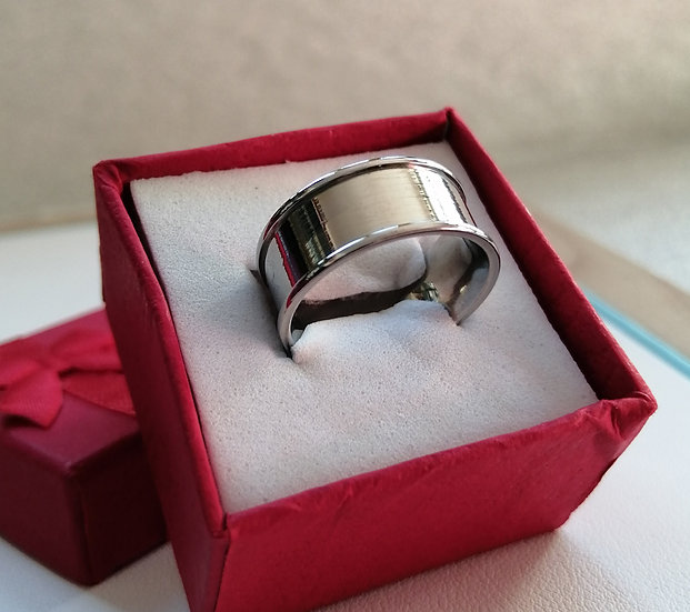 8mm Polished Ridge Stainless Steel Band Ring