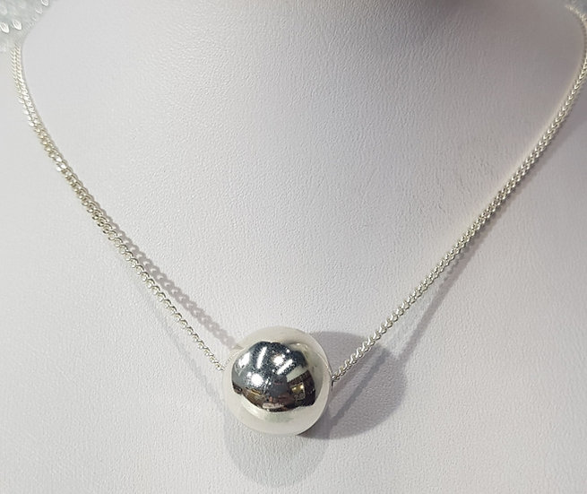 925 Sterling Silver Round Ball Pendant & Chain