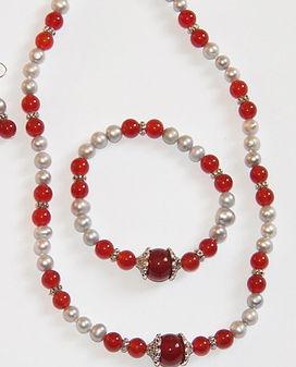 red-carnelian-401997.jpg