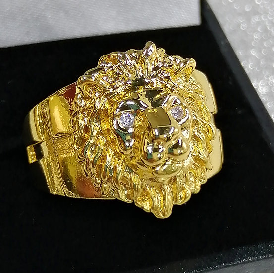 18ct Gold CZ Lion Head Ring