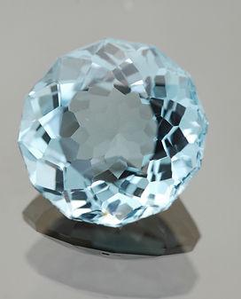 Blue Topaz gem-562553.jpg