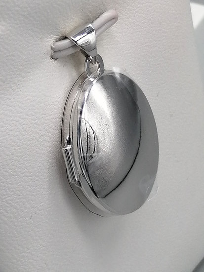 925 Silver Polished Oval Family Locket