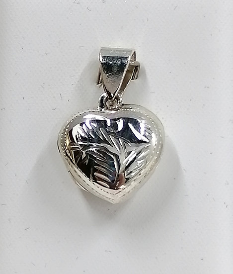925 Silver Engraved Dome Heart Locket