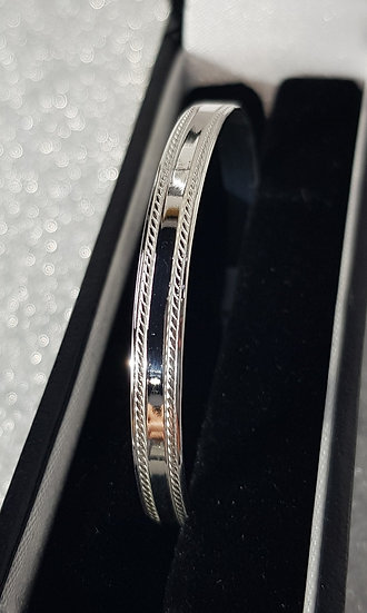 925 Sterling Silver Bead Edge Childrens Bangle