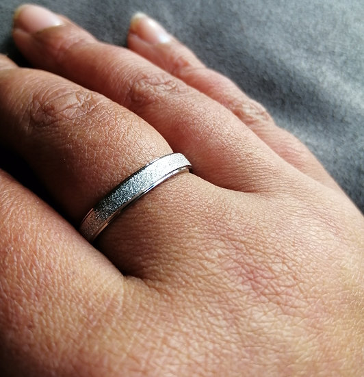 4mm Sparkle Dust Stainless Steel Band Ring