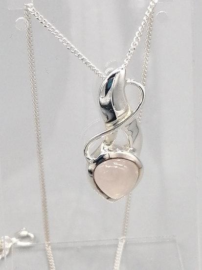 925 Silver Rose Quartz Flower Pendant & Chain