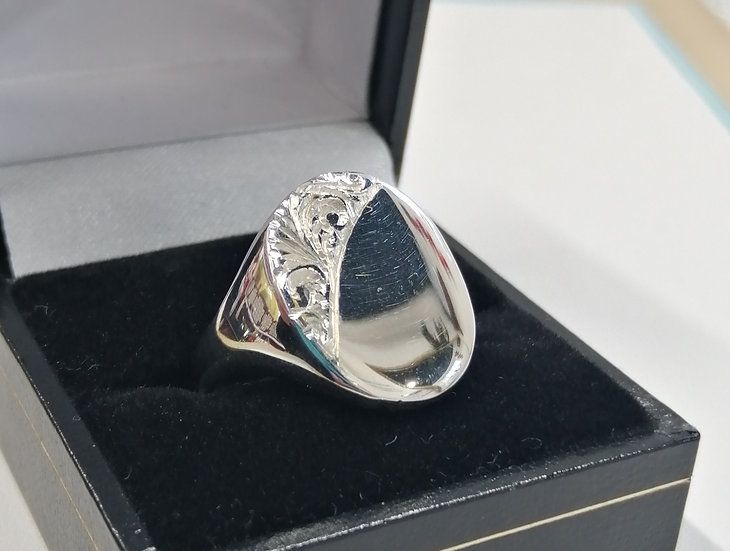 925 Silver Engraved Oval Signet Ring
