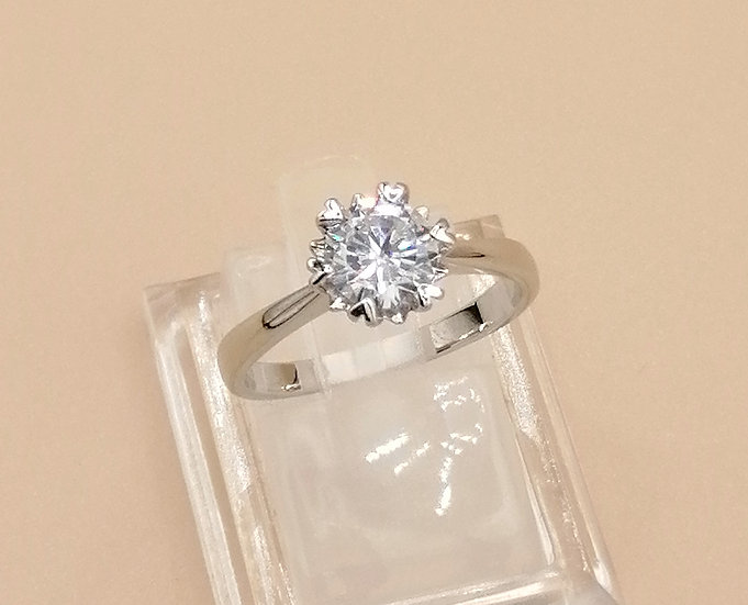 Silver White CZ Heart Claw Solitaire Ring