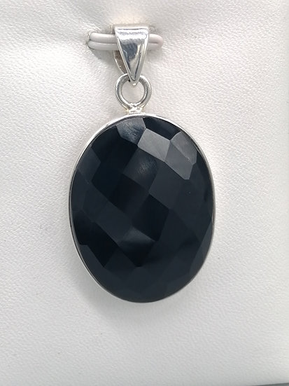 925 Silver Faceted Oval Onyx Pendant