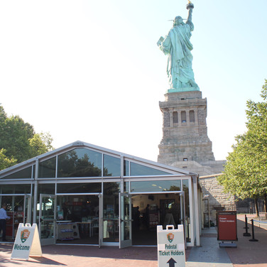 Statue of Liberty Glass Entry