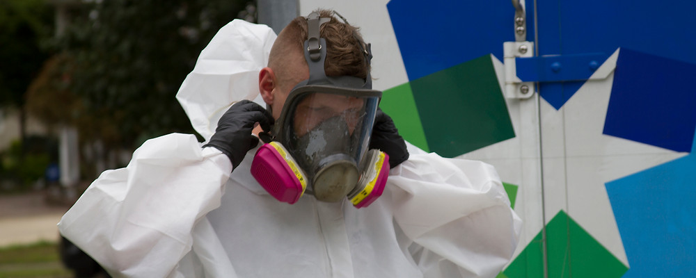 mold-remediation-franchisee-respirator-mask