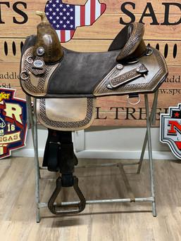 Saddle 28