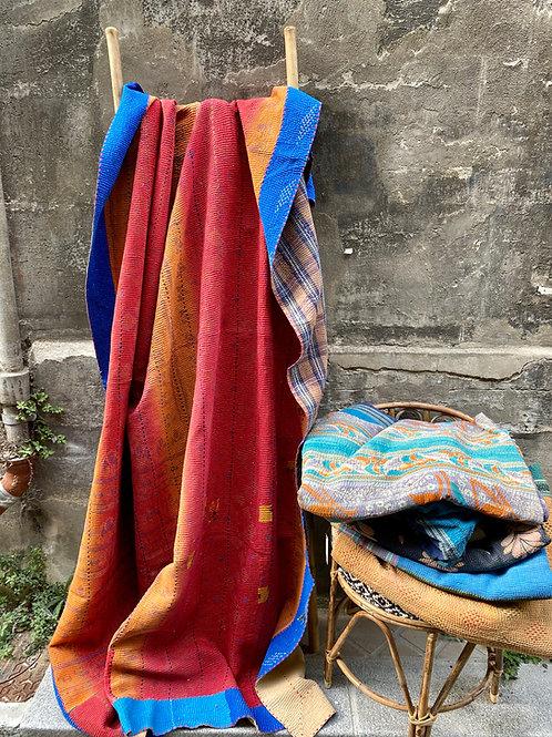 Kantha indien vintage quilté du Rajasthan - Tons chauds et petits carreaux