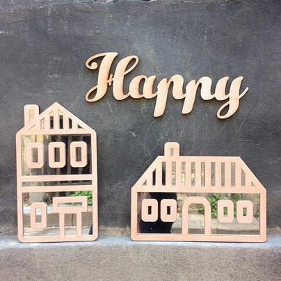 Les nouveaux miroirs _Maisonnette_ sont bientôt en ligne dans nos e-boutiques _etsyfr _alittlemarket et sur le shop de Bubus Fab www.jpg