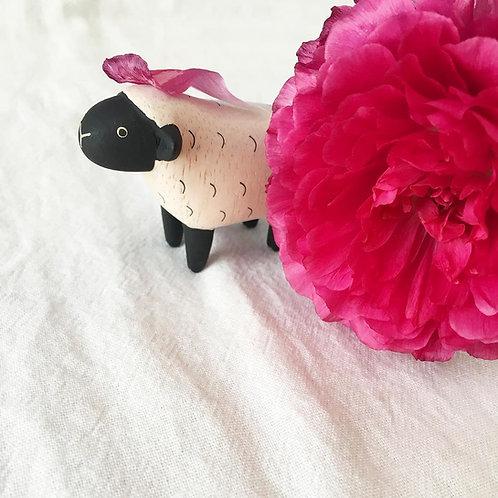 Pole Pole mouton en bois - T Lab