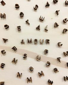 Petites lettres en bois - Amour - Découpe laser Bordeaux
