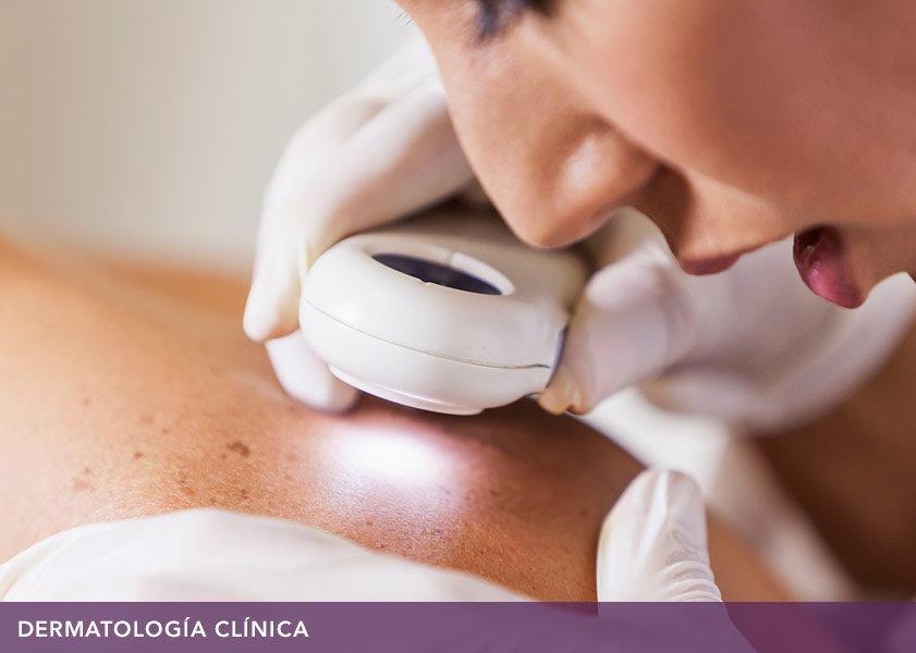 Dermatóloga   Dermatologist