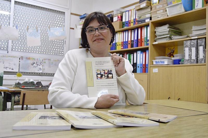 María Sanchez Dauder con sus libros