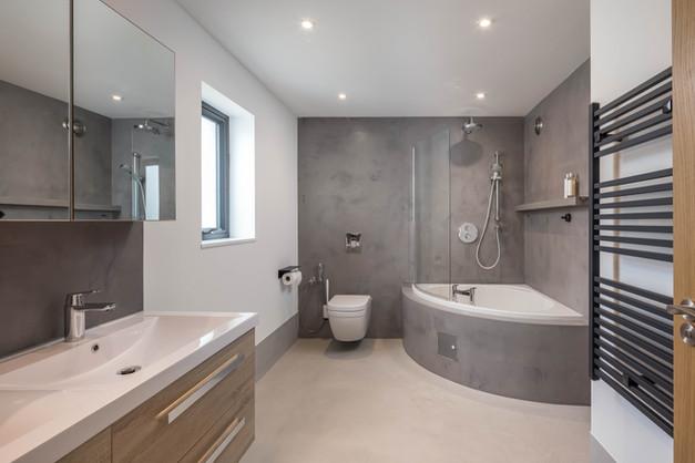New Build. Bude. Cornwall. Master Contemporary Bathroom