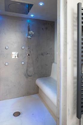 New Build. Bude. Cornwall. Spa Bathroom Ensuite.