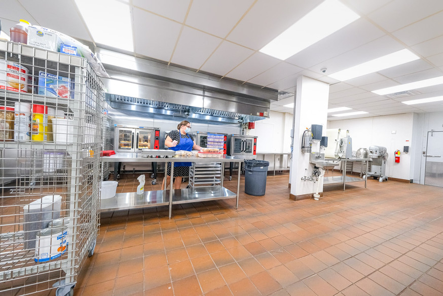 Large baking station A
