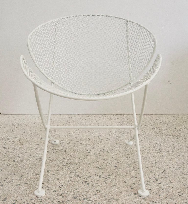 Clamshell Patio Chair