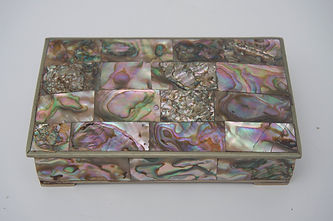 35.Midcentury storage box-abalone-and-br
