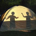 Camper-avec-les-enfants.jpg