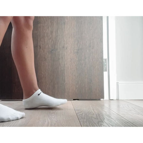 PLANTAR FASCIITIS - How to Manage With Self-Myofascial Release & Stretching Techniques