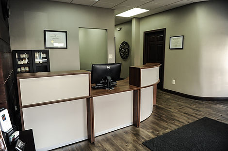 Front Desk Reception to Ellerbrock Spine