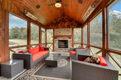 Solaira-Alpha-H2-Screened-in-porch