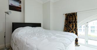 master bedroom1.png