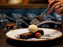 Chocolate Brownie with Pistachio icecrea