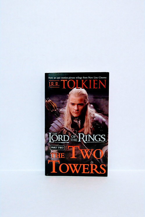 The Two Towers (The Lord of the Rings, Part 2) by J.R.R.Tolkien