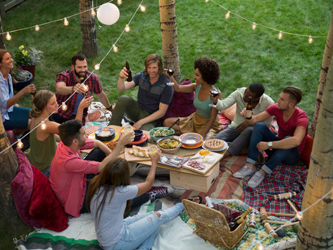 7 Outdoor Entertaining Trends You Should Know About for 2021