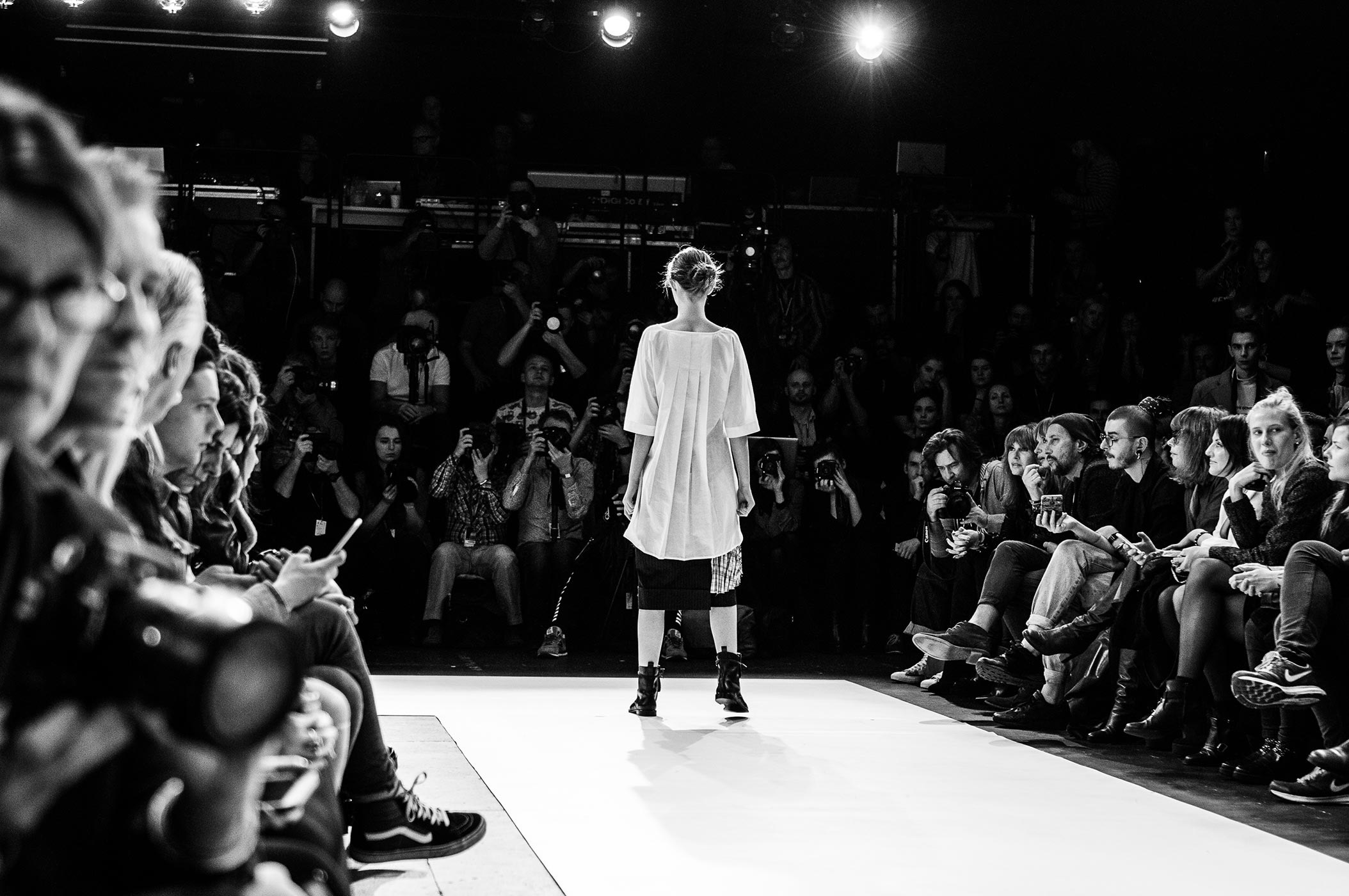 poland_28_catwalk-black-and-white-photography