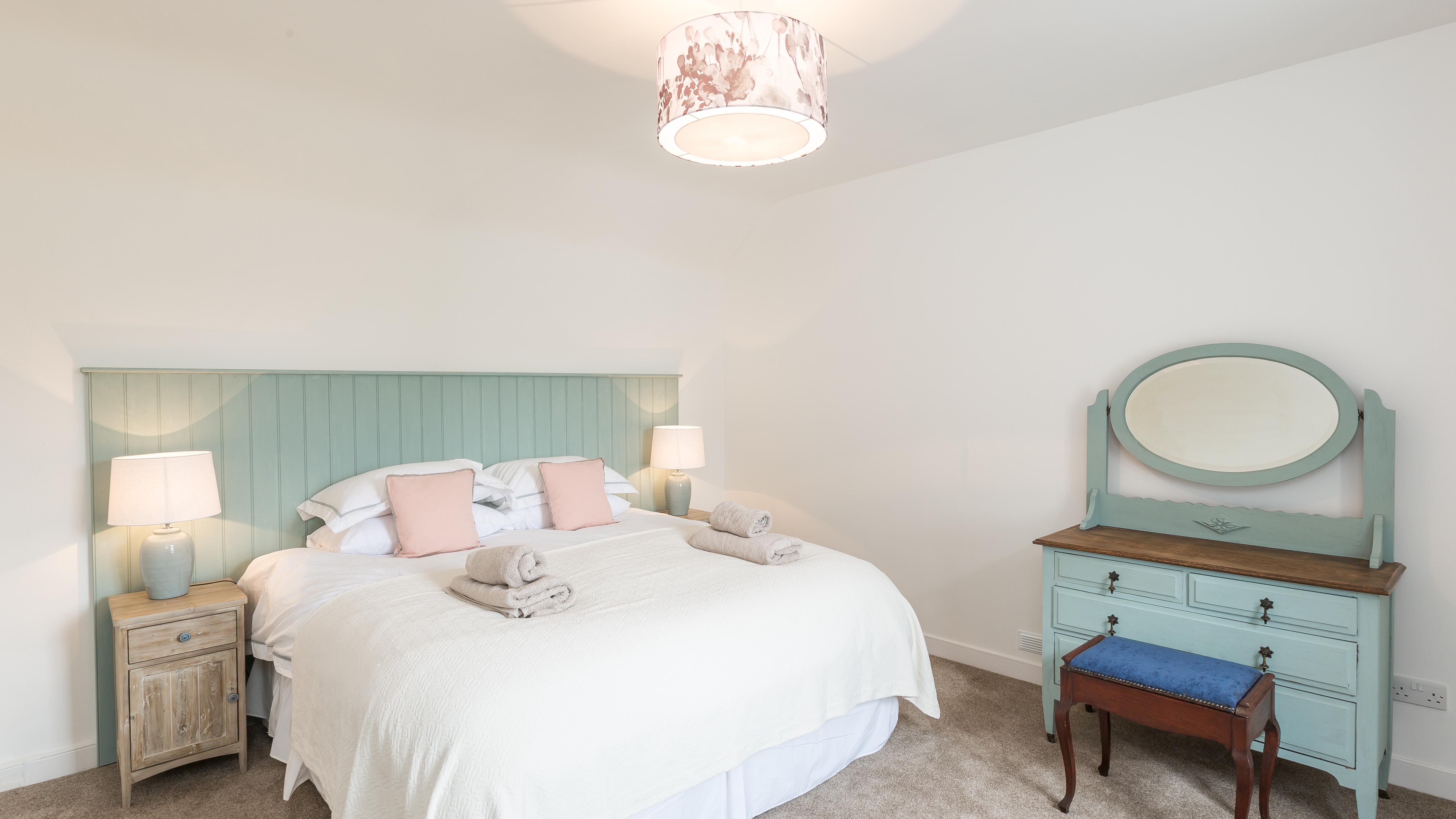 longhill-farmhouse-whithorn-newton-stewart-double-bedroom-2-45