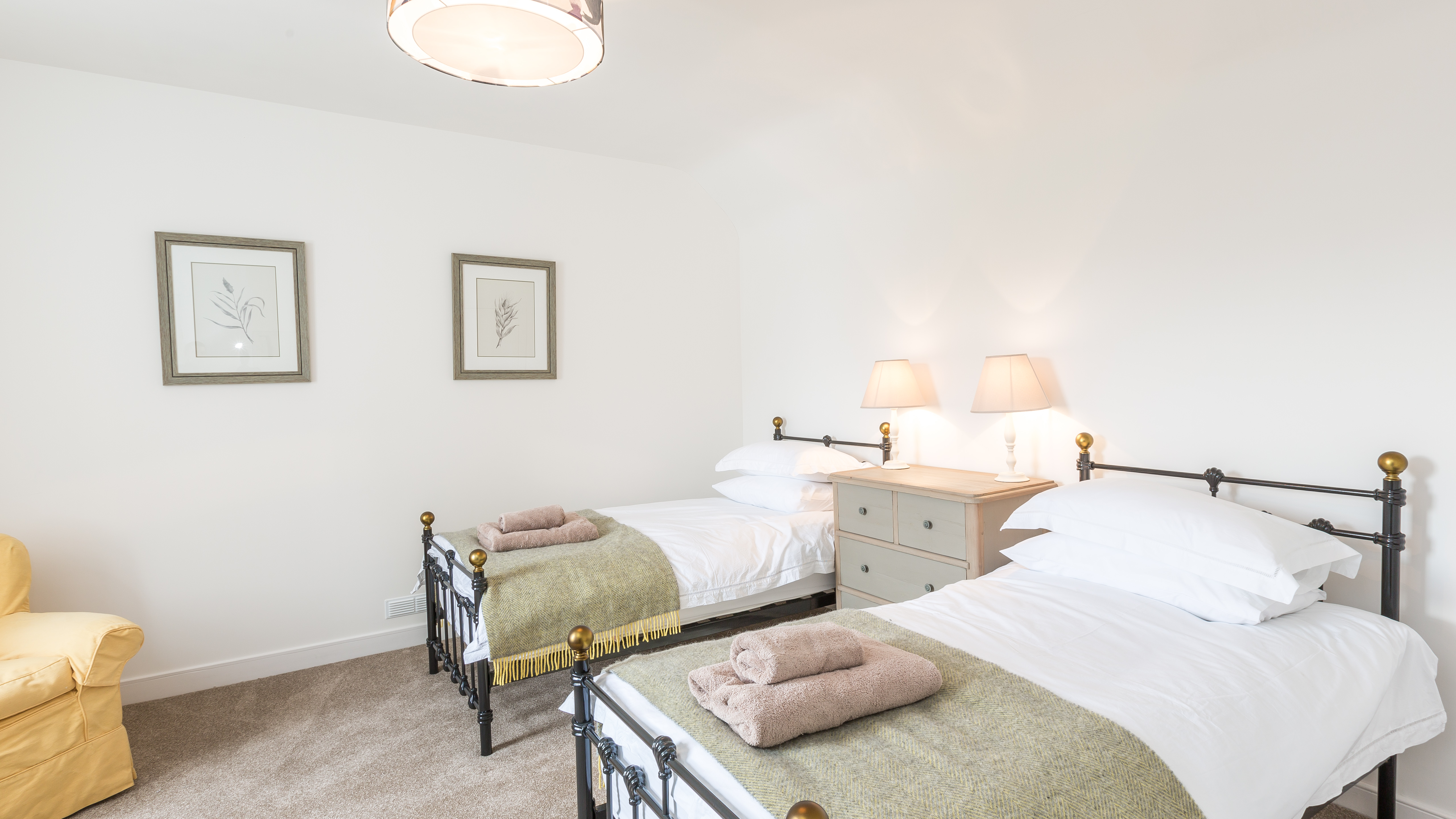 longhill-farmhouse-whithorn-newton-stewart-double-bedroom-1-38