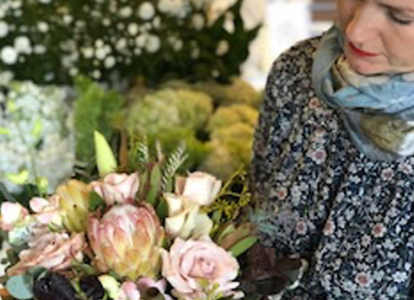 Blooming Beauty Bouquet - Medium