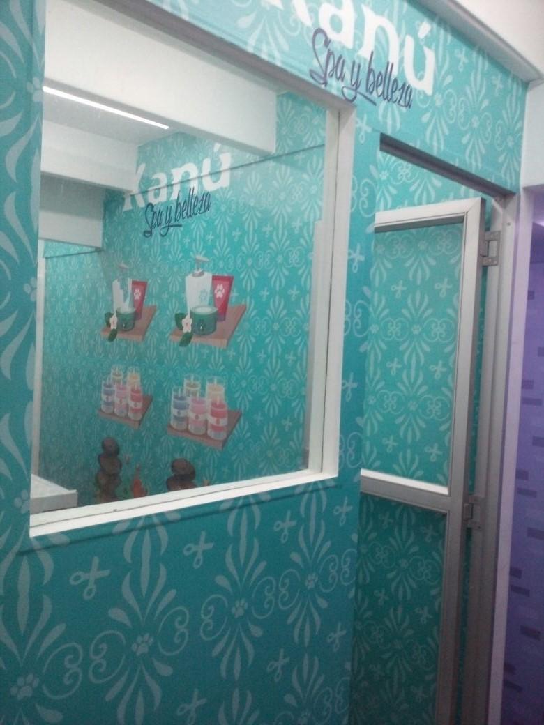 Mural adhesivo
